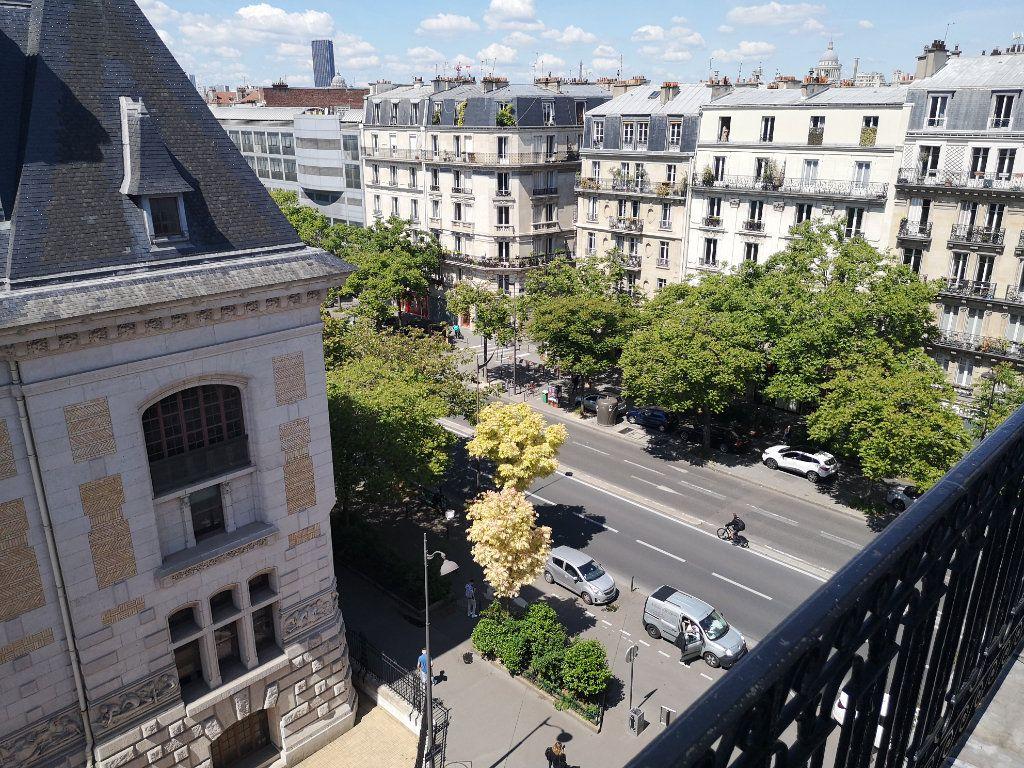 Appartement à louer 3 74.84m2 à Paris 13 vignette-11
