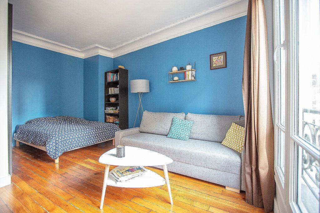 Appartement à louer 2 33.68m2 à Paris 13 vignette-7