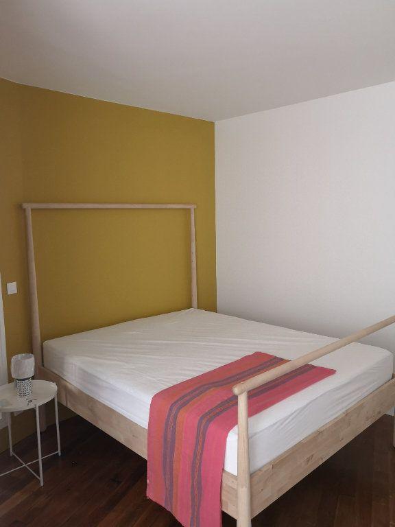 Appartement à louer 2 52.77m2 à Paris 13 vignette-5
