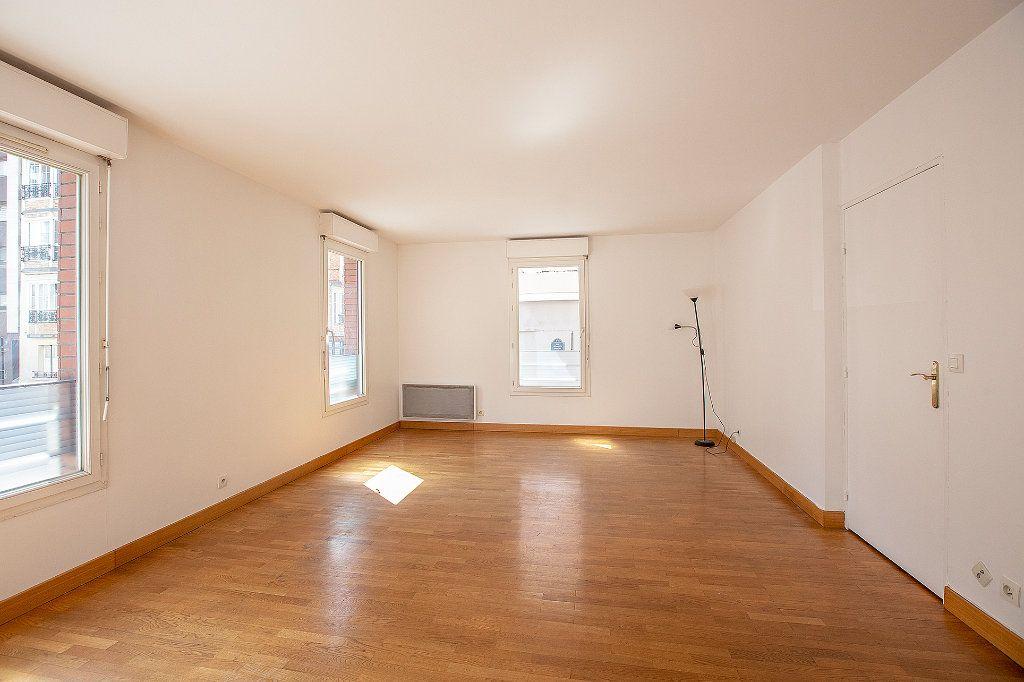 Appartement à vendre 2 56.63m2 à Paris 15 vignette-4