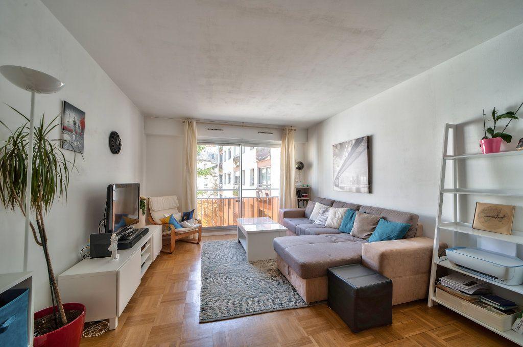 Appartement à vendre 2 49.5m2 à Paris 13 vignette-1