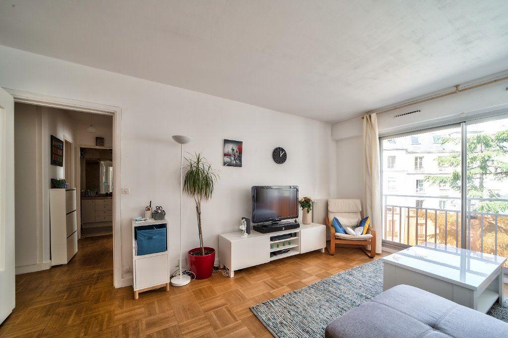 Appartement à vendre 2 49.5m2 à Paris 13 vignette-2