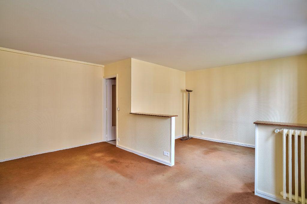 Appartement à vendre 4 78m2 à Paris 13 vignette-1