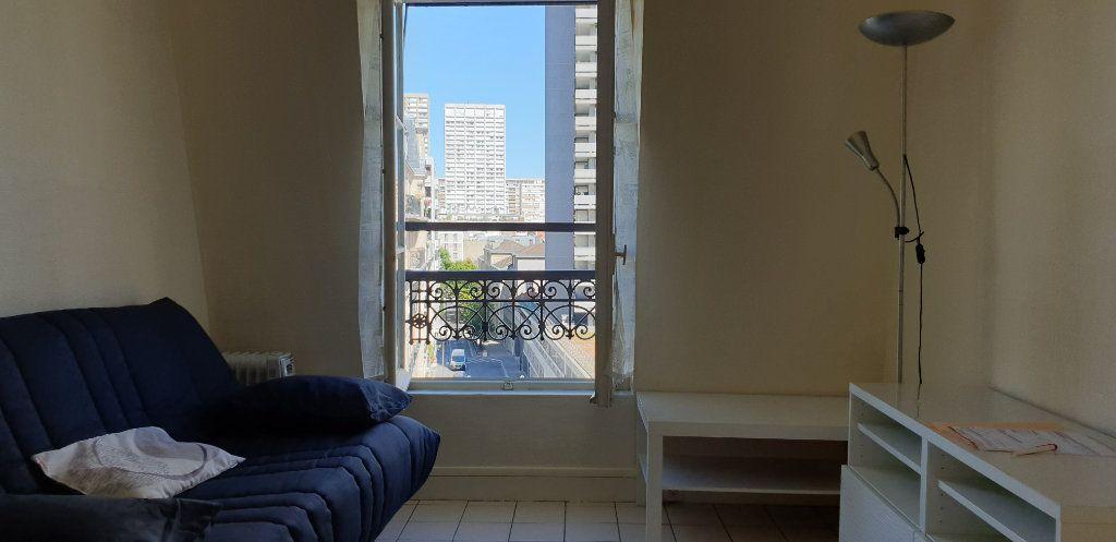 Appartement à louer 2 32.53m2 à Paris 13 vignette-2