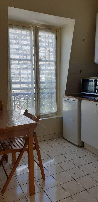 Appartement à louer 2 32.53m2 à Paris 13 vignette-4