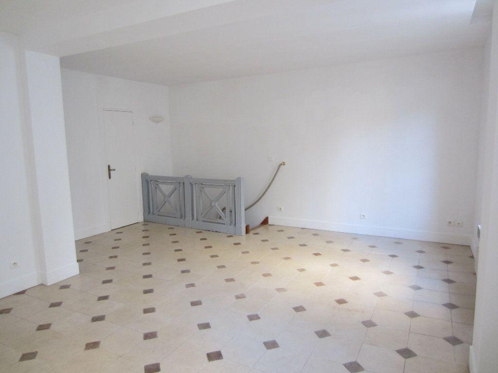 Appartement à vendre 4 86.5m2 à Paris 13 vignette-3