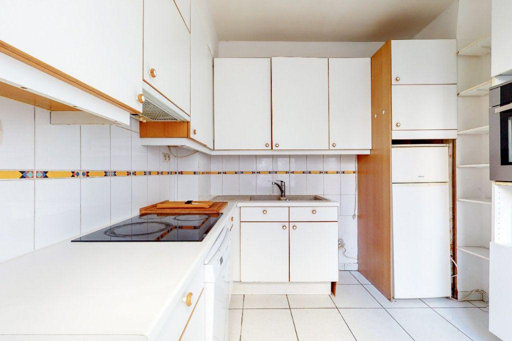 Appartement à vendre 4 86.5m2 à Paris 13 vignette-4