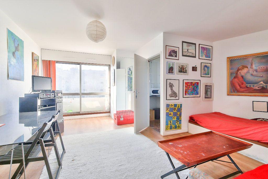 Appartement à vendre 1 31.11m2 à Paris 13 vignette-2
