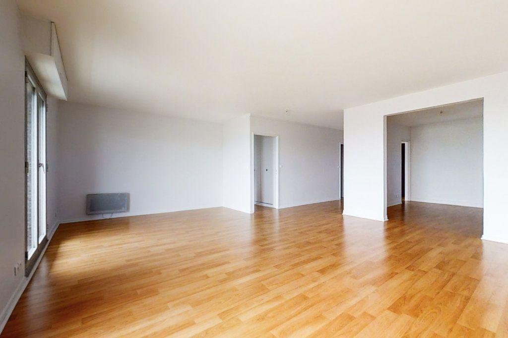 Appartement à vendre 5 107.02m2 à Paris 13 vignette-2