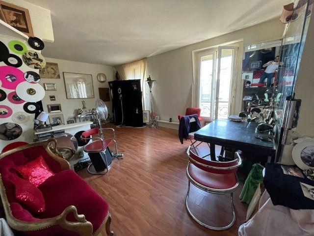 Appartement à vendre 2 38m2 à Paris 13 vignette-1