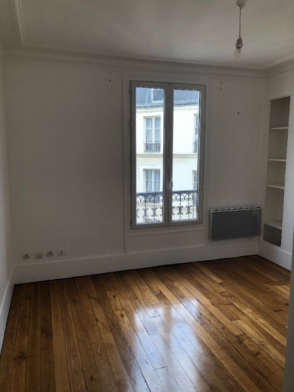 Appartement à louer 2 39.2m2 à Paris 13 vignette-4