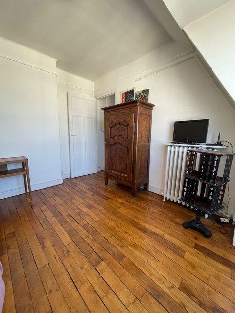 Appartement à louer 1 25m2 à Paris 5 vignette-2