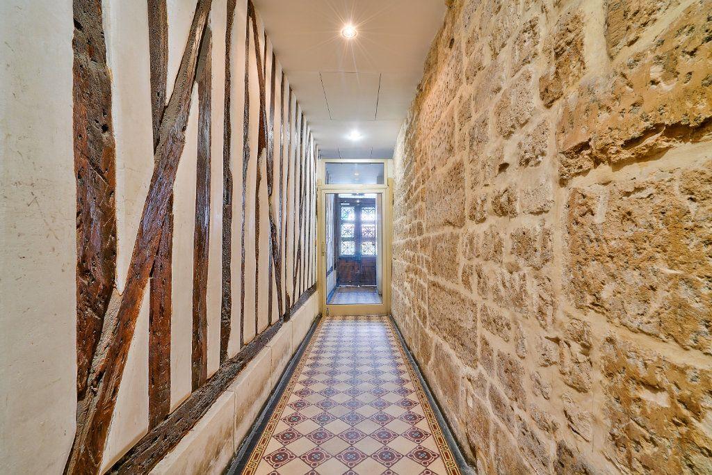 Appartement à vendre 1 20m2 à Paris 1 vignette-2