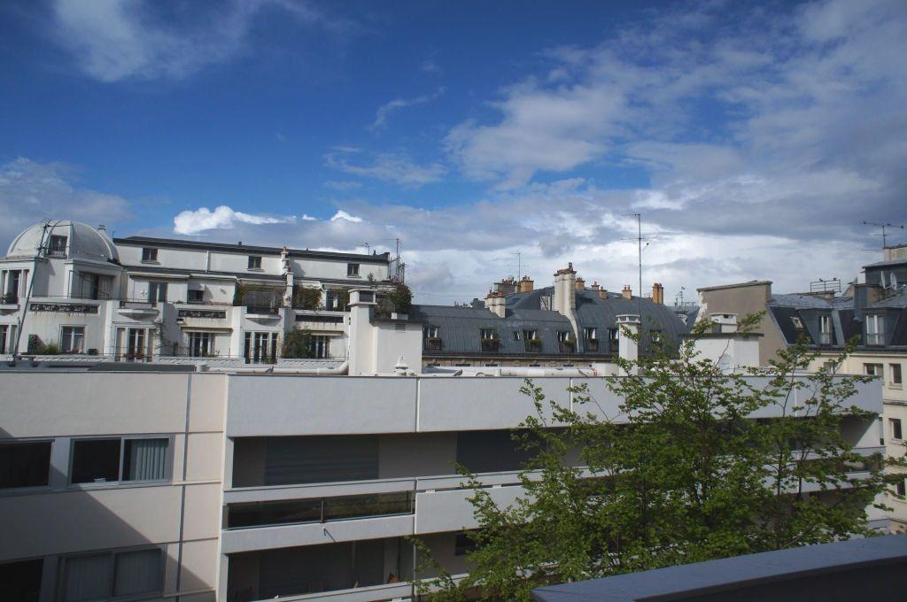 Appartement à louer 1 33m2 à Paris 6 vignette-1