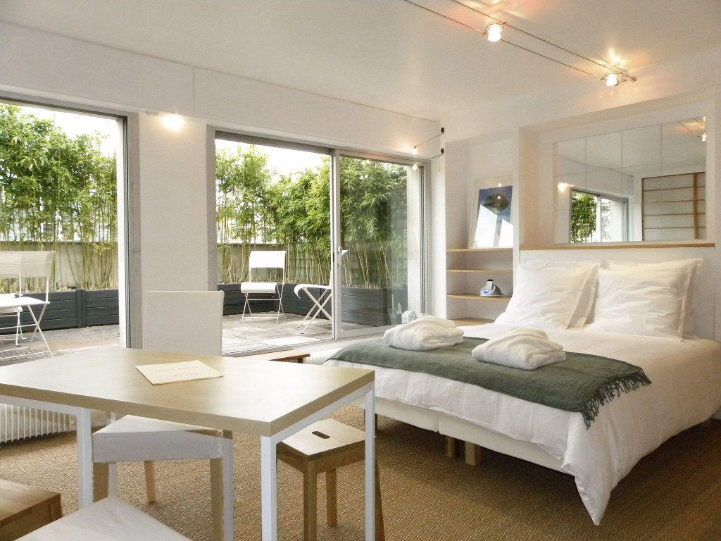 Appartement à louer 1 35m2 à Paris 6 vignette-1