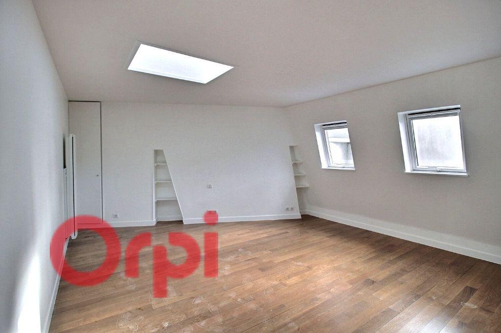 Appartement à louer 1 34.78m2 à Paris 6 vignette-1