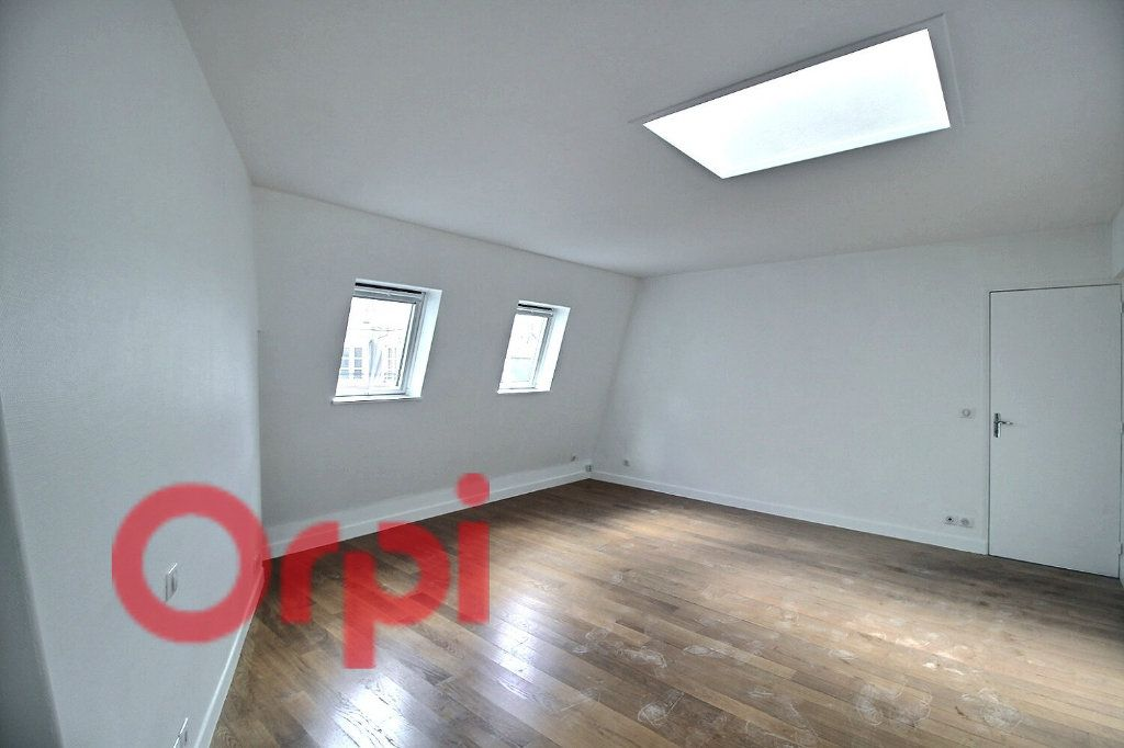 Appartement à louer 1 34.78m2 à Paris 6 vignette-2