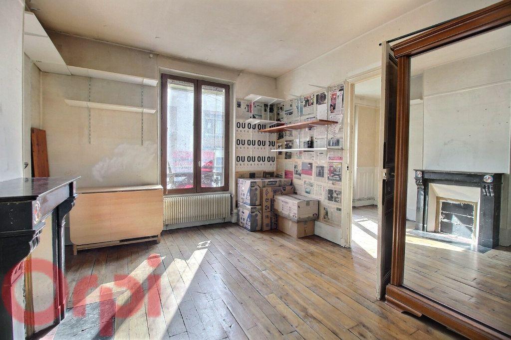 Appartement à vendre 3 50.16m2 à Paris 6 vignette-6