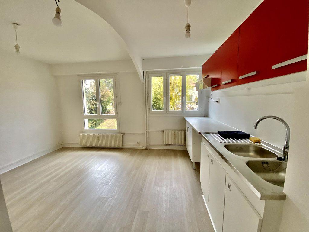 Appartement à louer 1 31.03m2 à Fontenay-aux-Roses vignette-1
