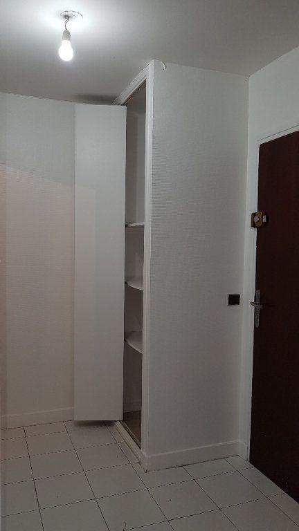 Appartement à louer 1 27.07m2 à Cachan vignette-7