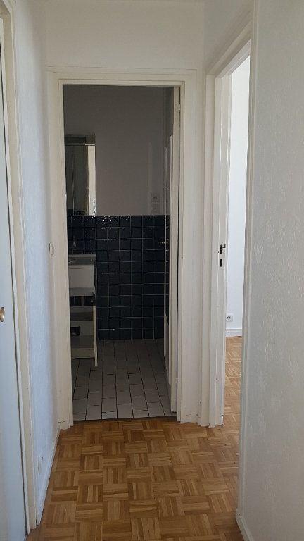 Appartement à louer 4 72.41m2 à Fresnes vignette-12