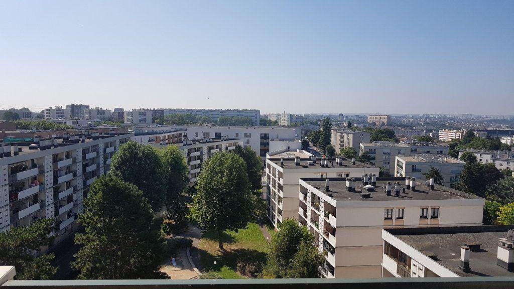 Appartement à louer 4 72.41m2 à Fresnes vignette-14