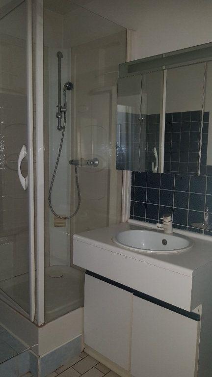 Appartement à louer 4 72.41m2 à Fresnes vignette-15