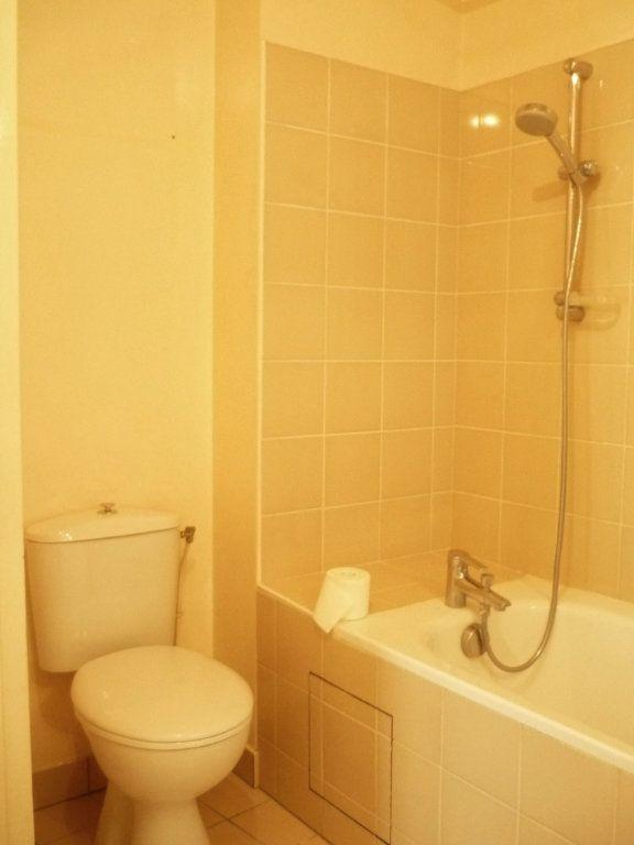 Appartement à louer 2 46.4m2 à Cachan vignette-6