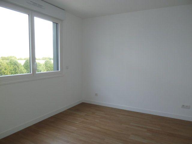 Appartement à louer 2 38.79m2 à Issy-les-Moulineaux vignette-4