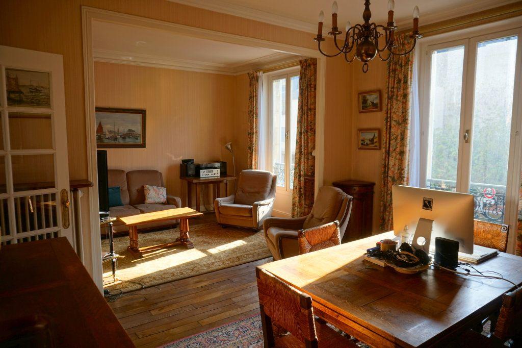 Appartement à vendre 4 76m2 à Le Chesnay vignette-1