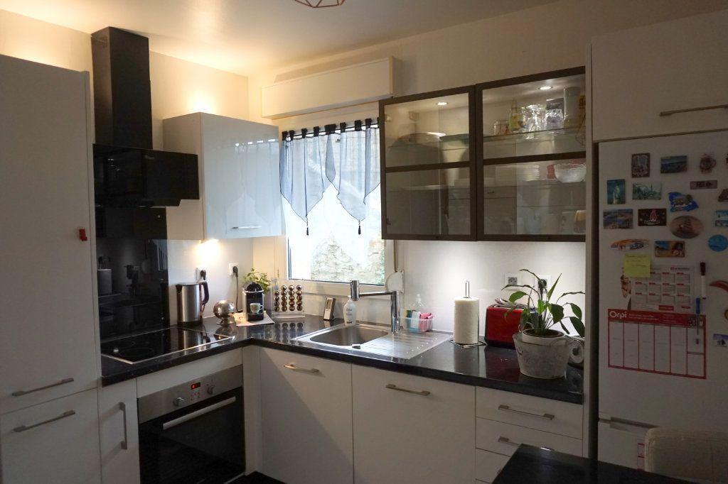 Appartement à vendre 3 64.9m2 à Meulan-en-Yvelines vignette-3