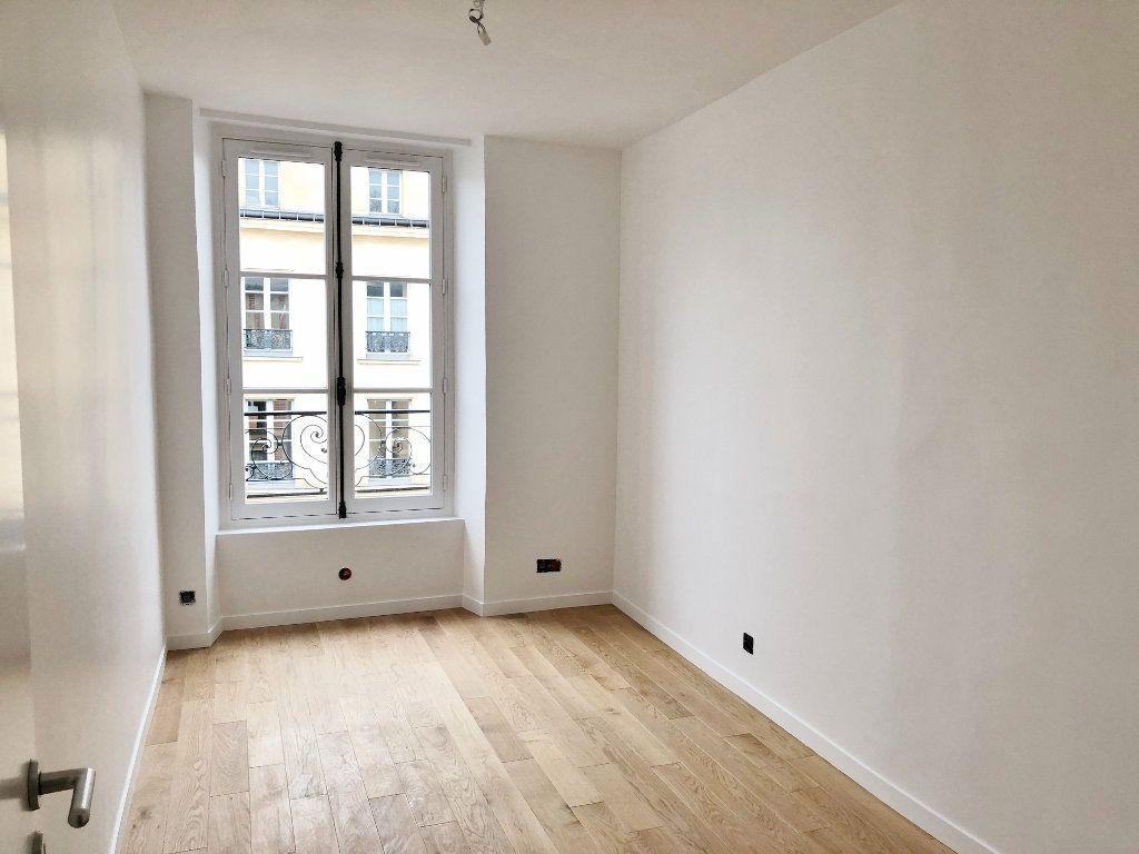 Appartement à louer 2 46.27m2 à Versailles vignette-3