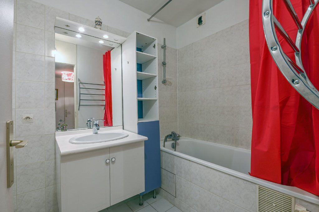 Appartement à vendre 3 80.01m2 à Versailles vignette-6