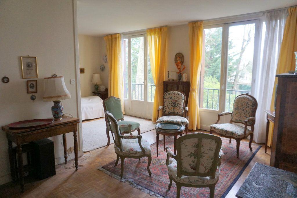 Appartement à vendre 3 52.88m2 à Versailles vignette-1