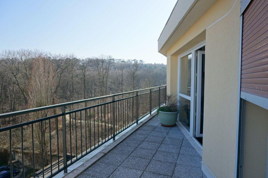 Appartement à vendre 3 66m2 à Versailles vignette-4