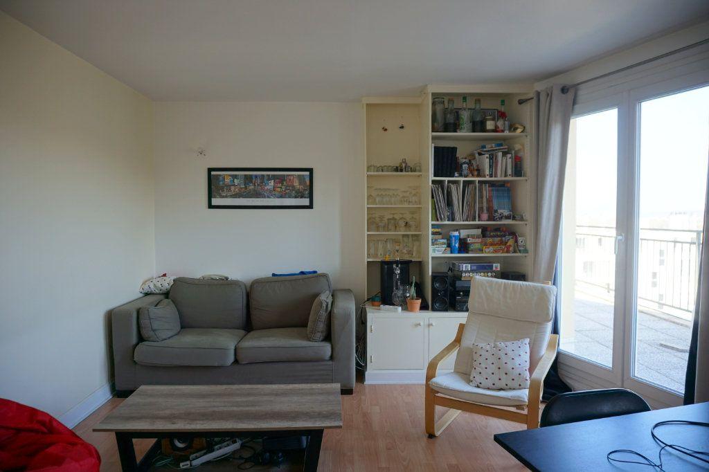 Appartement à vendre 3 66m2 à Versailles vignette-6