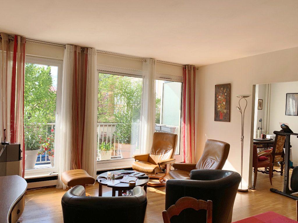 Appartement à vendre 3 72m2 à Versailles vignette-1