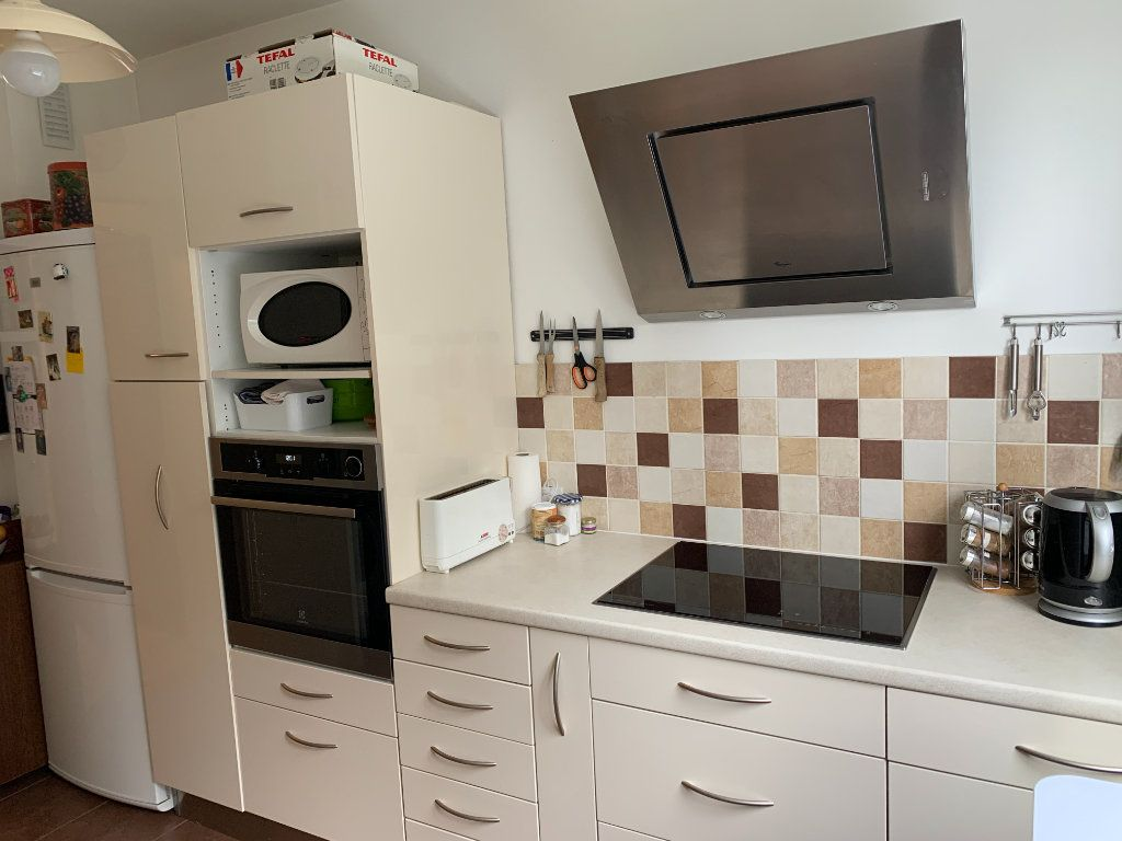 Appartement à vendre 3 72m2 à Versailles vignette-7