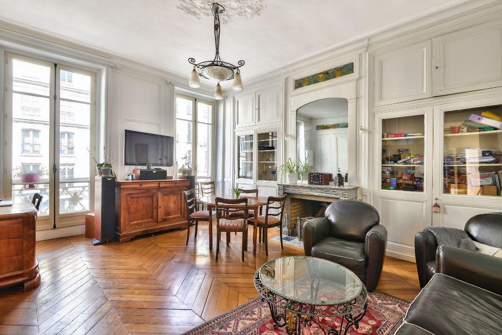 Appartement à vendre 4 100m2 à Versailles vignette-1