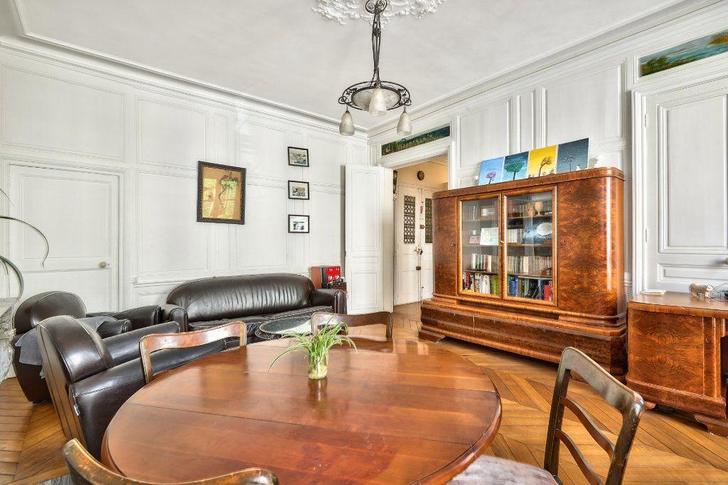 Appartement à vendre 4 100m2 à Versailles vignette-4