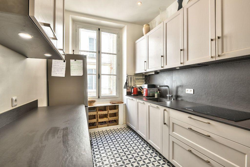 Appartement à vendre 4 100m2 à Versailles vignette-5