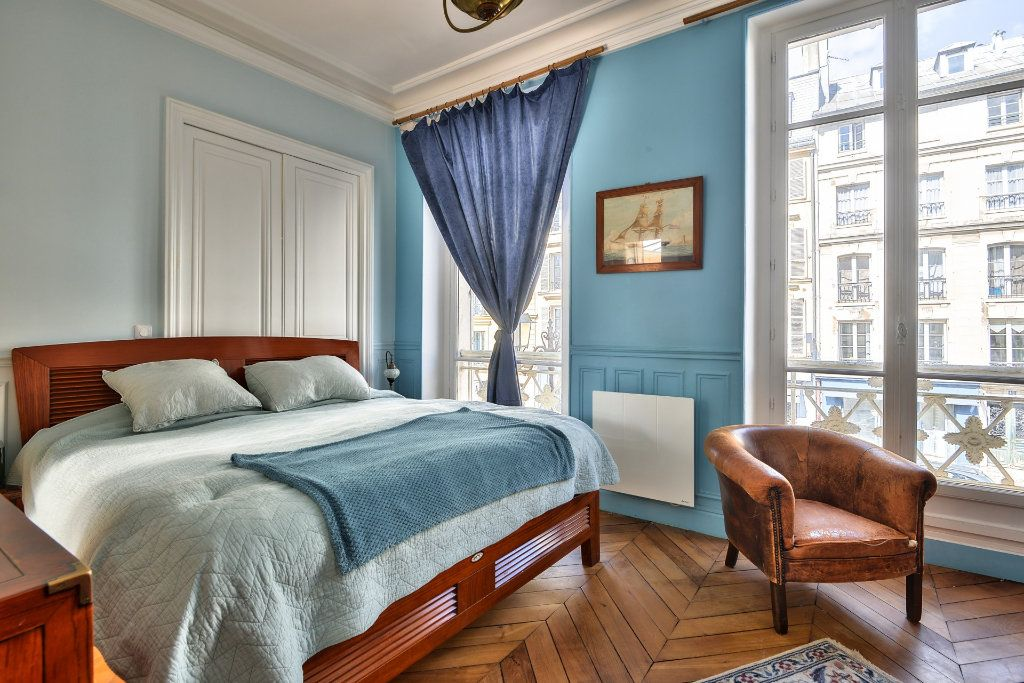 Appartement à vendre 4 100m2 à Versailles vignette-6