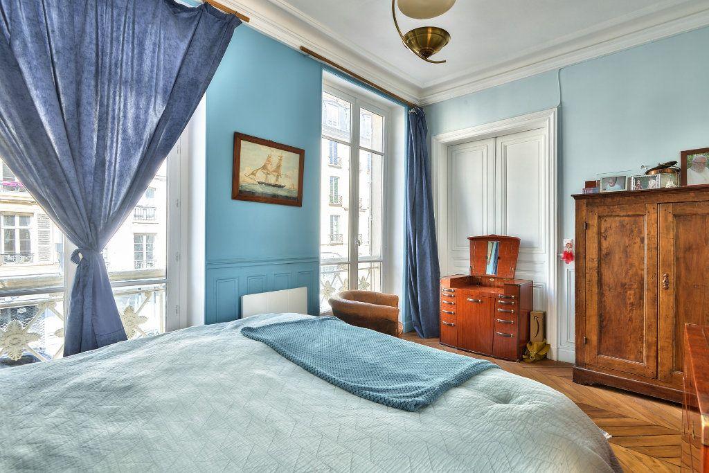 Appartement à vendre 4 100m2 à Versailles vignette-7