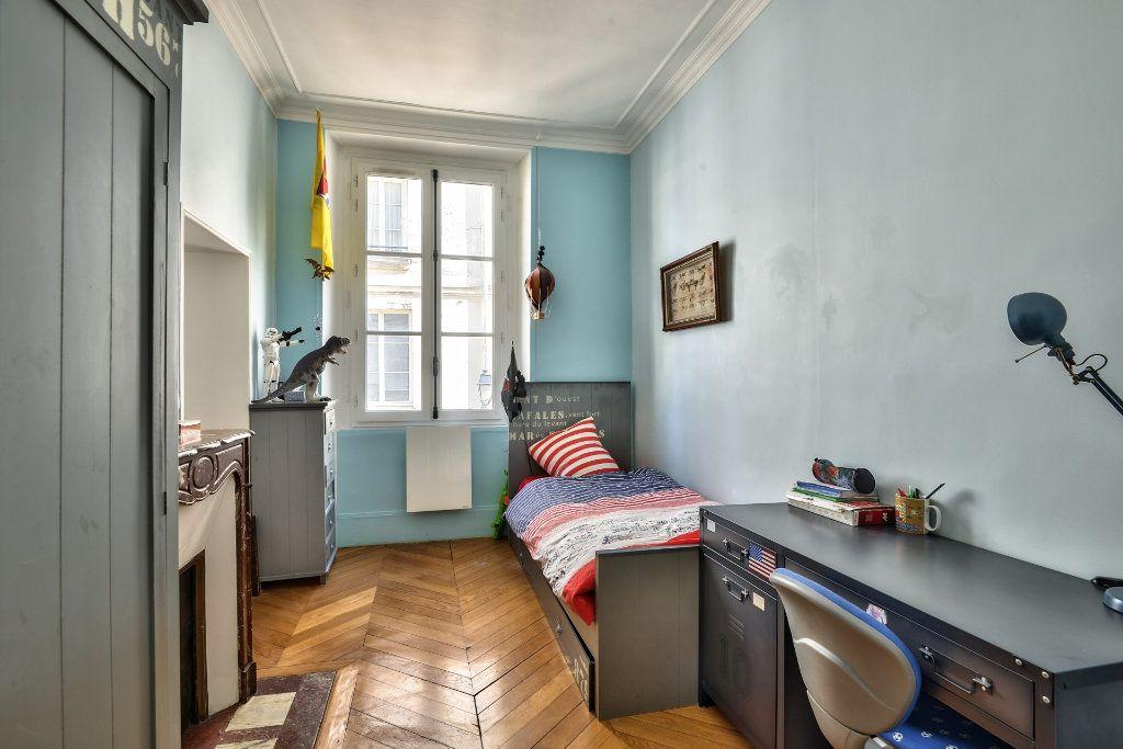 Appartement à vendre 4 100m2 à Versailles vignette-10