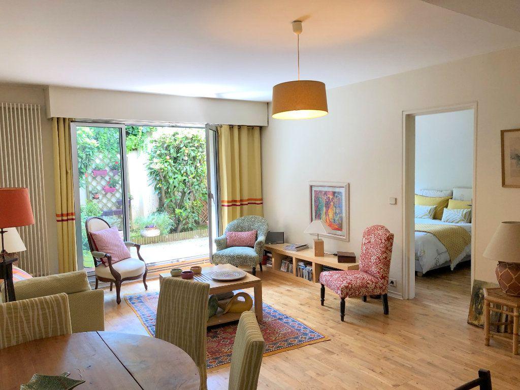 Appartement à vendre 2 50m2 à Le Chesnay vignette-1