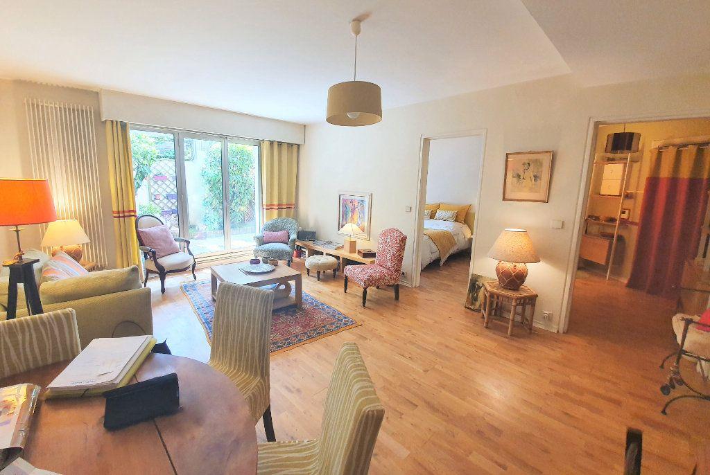 Appartement à vendre 2 50m2 à Le Chesnay vignette-6