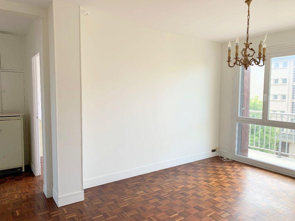 Appartement à vendre 3 55.03m2 à Le Chesnay vignette-6