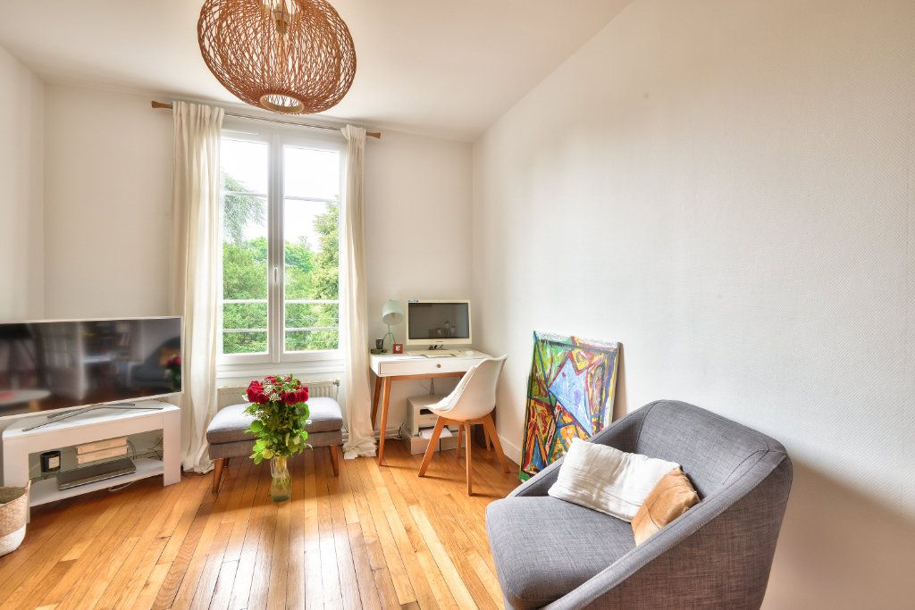Appartement à vendre 3 45.37m2 à Versailles vignette-3