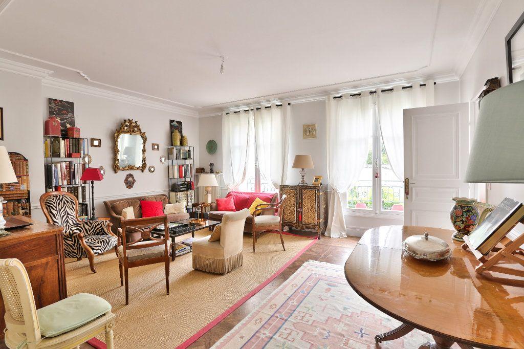 Appartement à vendre 4 90.45m2 à Versailles vignette-6