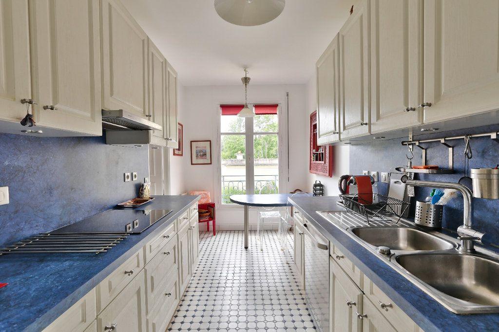 Appartement à vendre 4 90.45m2 à Versailles vignette-7